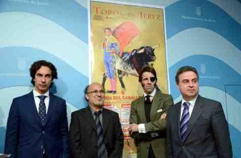 Los protagonistas de la feria durante la presentacion del cartel de la feria.