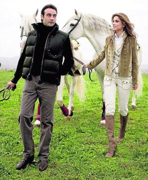 Ponce y su mujer, Paloma Cuevas. EFE / MANUEL BRUQUE