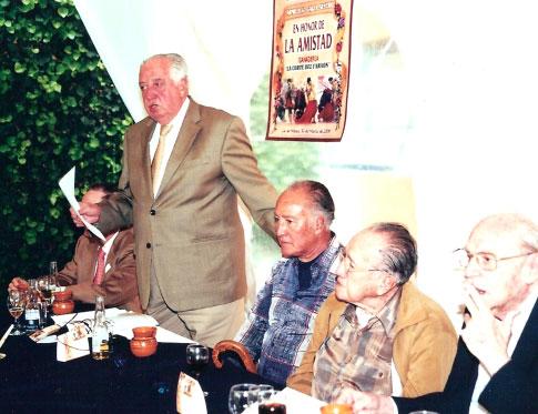 Gabino Lombana, Silverio Perez y Silverio hijo en una comida de su Peña.