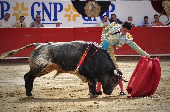 Así corrió la mano Antonio Mendoza… lástima la espada.