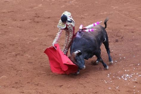Gran derechazo de Diego Silveti en Zacatecas.