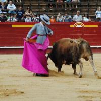 Valencia: Polope pone el toreo en el cielo