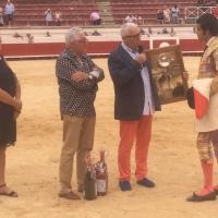 Diego San Román pone de cabeza la plaza en Béziers