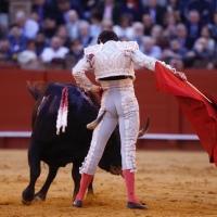 Sevilla se la cobró a Roca Rey