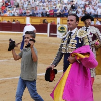 Feria de Badajoz: Antonio Ferrera indulta a 'Juguete', un gran toro de Zalduendo