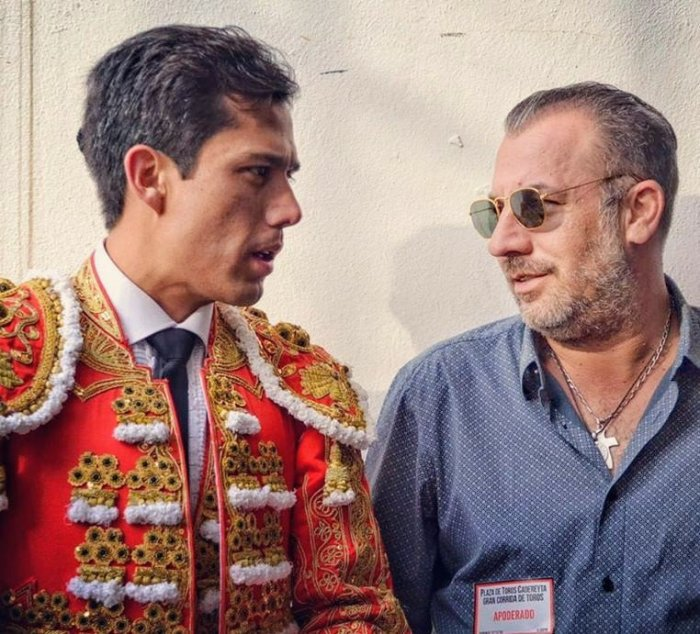 Juan Fernado y su apoderado Roberto Panini, siempre a contracorriente pero caminando de frente. Foto Instagram.