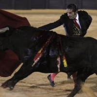 La inseguridad de Javier Conde empañó el regreso de los toros en Osuna.