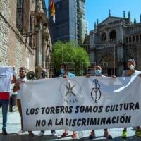 Yolanda Díaz contra los toreros, un espectáculo que no tiene un pase.