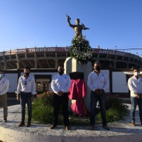 Rinden homenaje al torero lagunero Valente Arellano.