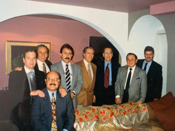 Sentado Memo Infante;Samuel Rosete;Xavier García De la Peña;Rodolfo Díaz;Andrés Iglesias;Memo Cantú;Humberto Peraza;Mayo Ballesteros Fe izquierda a derecha.