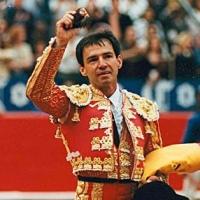 La Fiesta está Viva: Jorge.