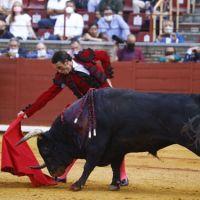 El mano a mano de Finito de Córdoba y Morante de la Puebla acaba sin trofeos.
