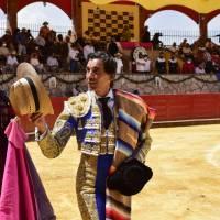 Crónica: Oreja para el español Curro Díaz en Cinco Villas.